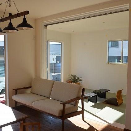 納品ブログ -落ち着いた木空間のウォールナット家具-