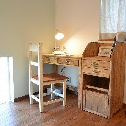 納品ブログ-子供部屋にも永く使える家具を-