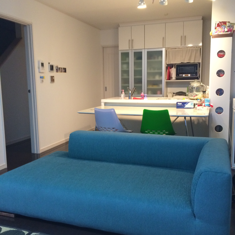 納品ブログ-明るいトーンのソファに替えて-