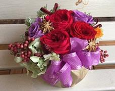 プリザードフラワー3000円可愛らしいバラのアレンジメント