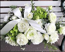 結婚式会場装花8000円