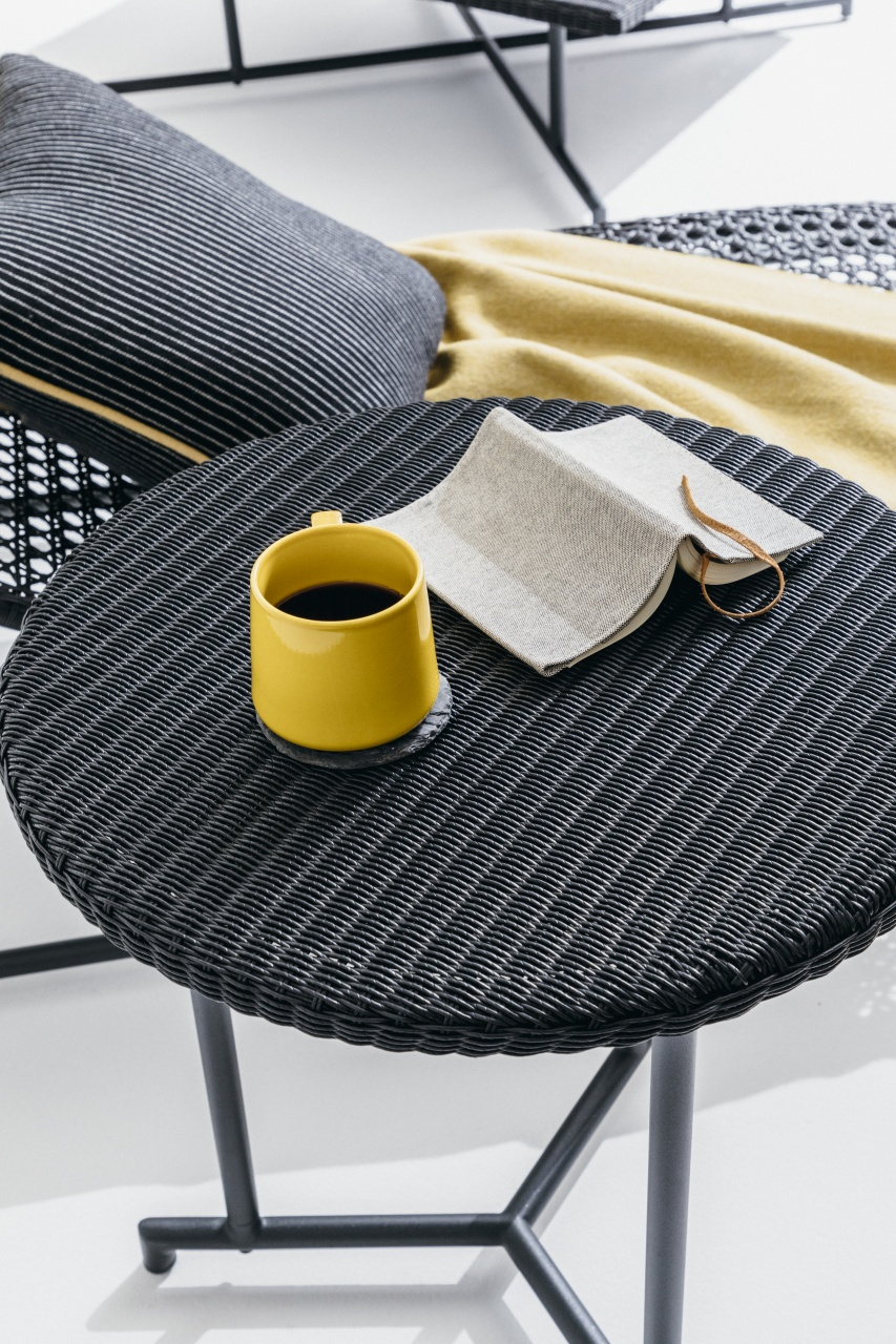 MA – Side Table(MA – サイドテーブル)