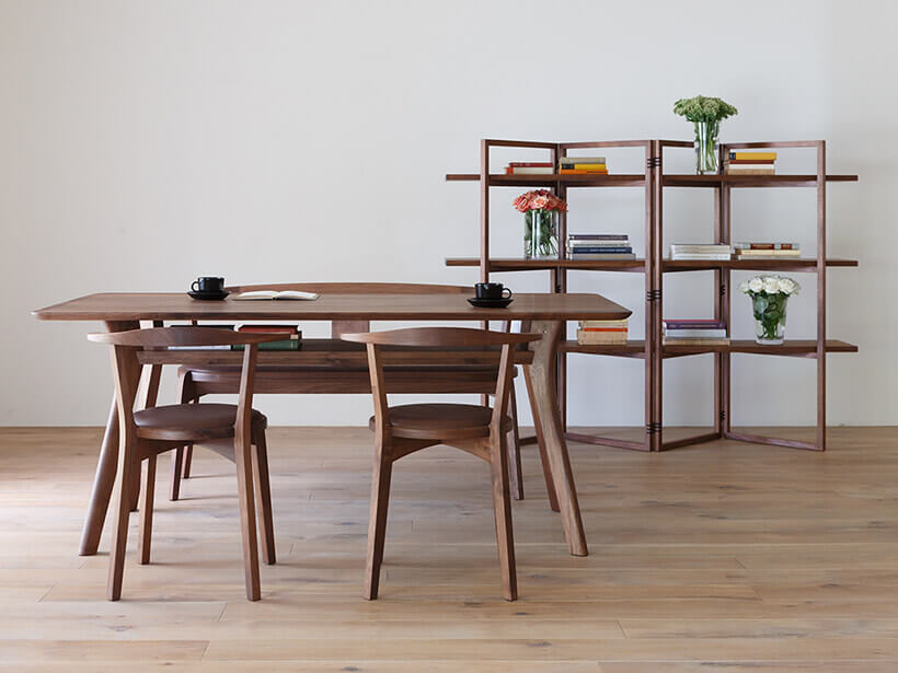 AGILE Dining Table