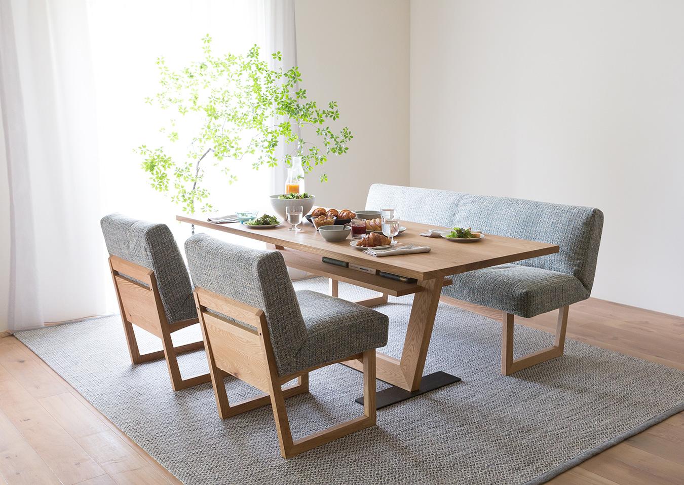 LIBERIA Dining Table(リベリア ダイニングテーブル)